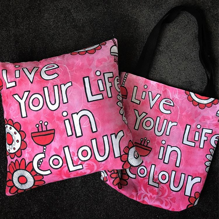 Tazi live your life in colour